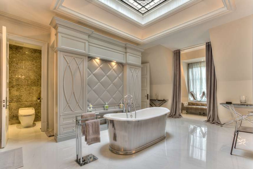 leaded glass dome with bevelled glass and jewels for a private residence  - ensuite bathroom