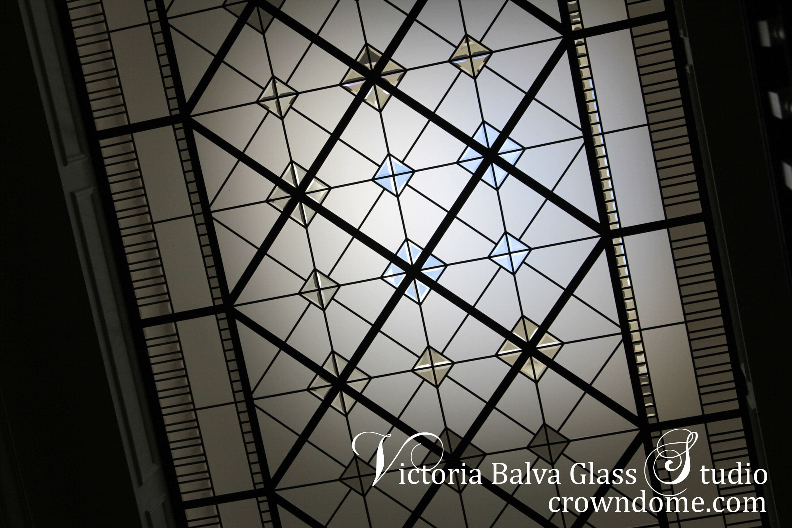 leaded-glass-skylight-cricket-club-03