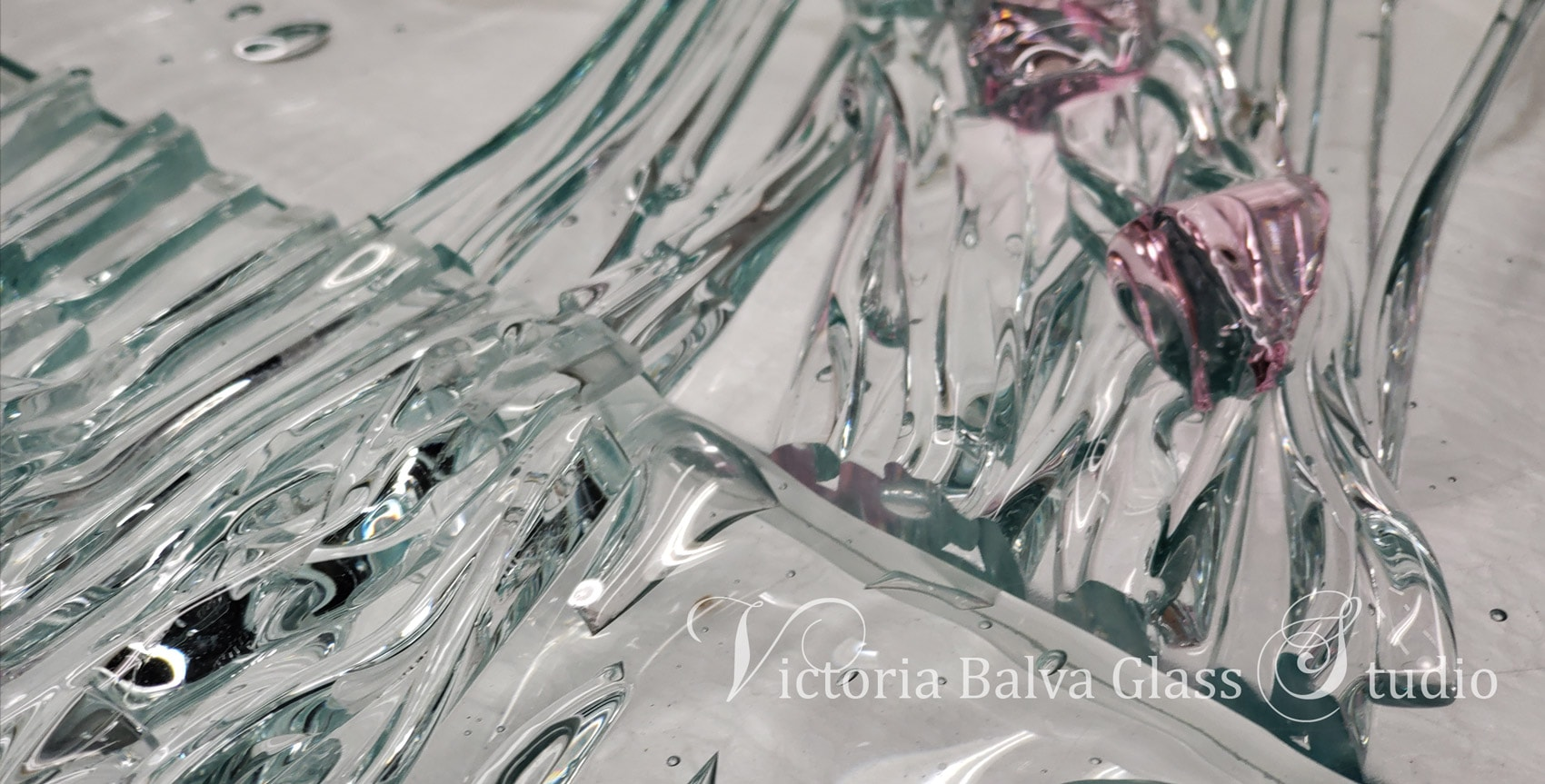 contemporary kilm formed glass artwork by Victoria Balva