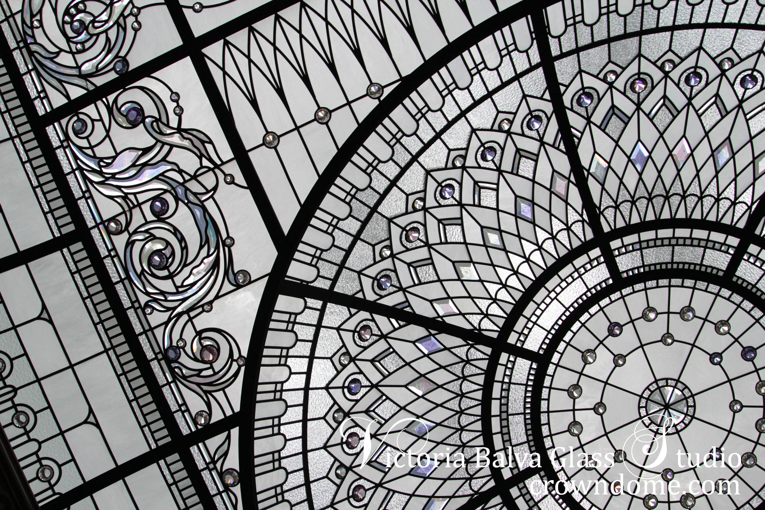 Large residential stained leaded glass custom dome lay light decorative glass skylight ceiling custom built residential house in New York Clear textured glass, custom beveled glass, crystal accent jewels. Classically modern contemporary decorative glass ceiling design by architectural glass artist Victoria Balva